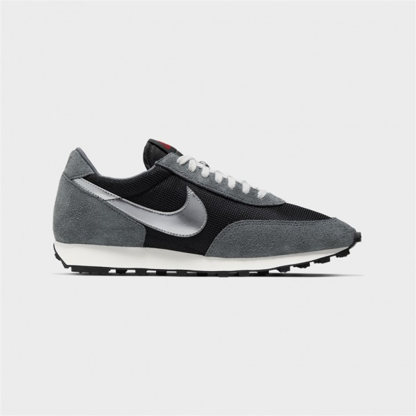 daybreak sp-DAYBREAK SP - BLACK/M SILVER-nike-Nine